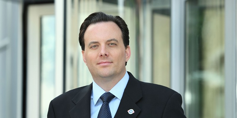 Dan Proft, a former Republican candidate for governor and a senior fellow at the Illinois Policy Institute, also cofounded the newspaper chain Local Government Information Services.