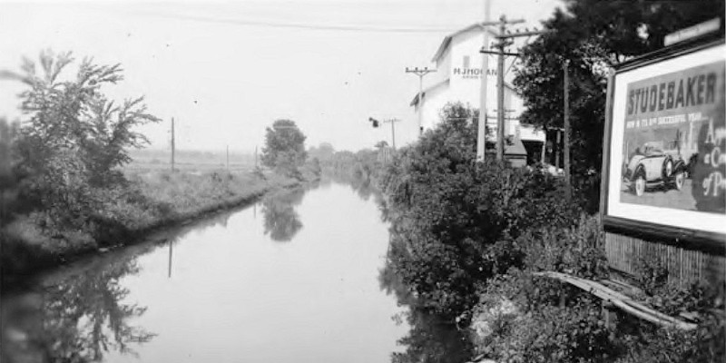 Archive dive: Revisiting the canal that made Chicago what it is today