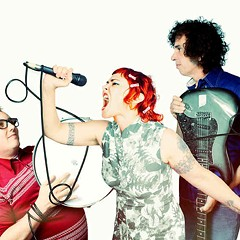 Dressy Bessy knock the dust off a fading indie-pop sound and return with Kingsized