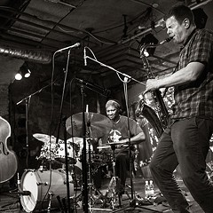 Chicago institution DKV Trio reconvenes for some holiday concerts with multi-instrumentalist Joe McPhee