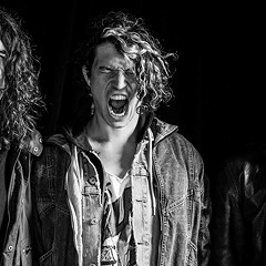 Chicago's Vamos pump their sweetly shambolic rock 'n' roll with enough weight for Muscle Beach