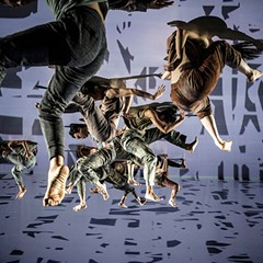 Cloud Gate Dance Theatre combines words, history, and movement in Formosa