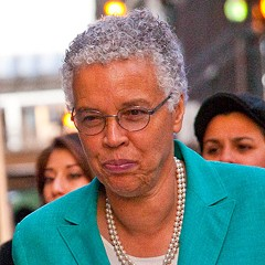 Can Toni Preckwinkle distance herself from the machine?