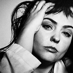 Angel Olsen's Whole New Mess showcases the skeletal recordings that led to 2019's All Mirrors