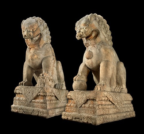 Two lions protect the new Cyrus Tang Hall of China.