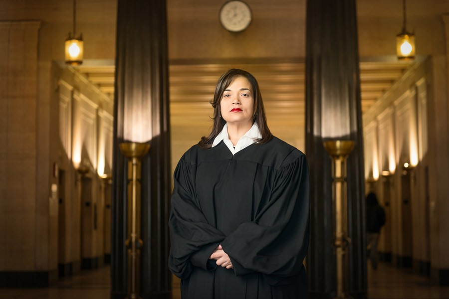 Cook County S Most Unconventional Judge Takes Justice