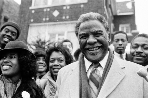 Harold Washington, then a U.S. congressman, and Danny Davis, then a Chicago alderman, in 1983. - SUN-TIMES NEGATIVE COLLECTION