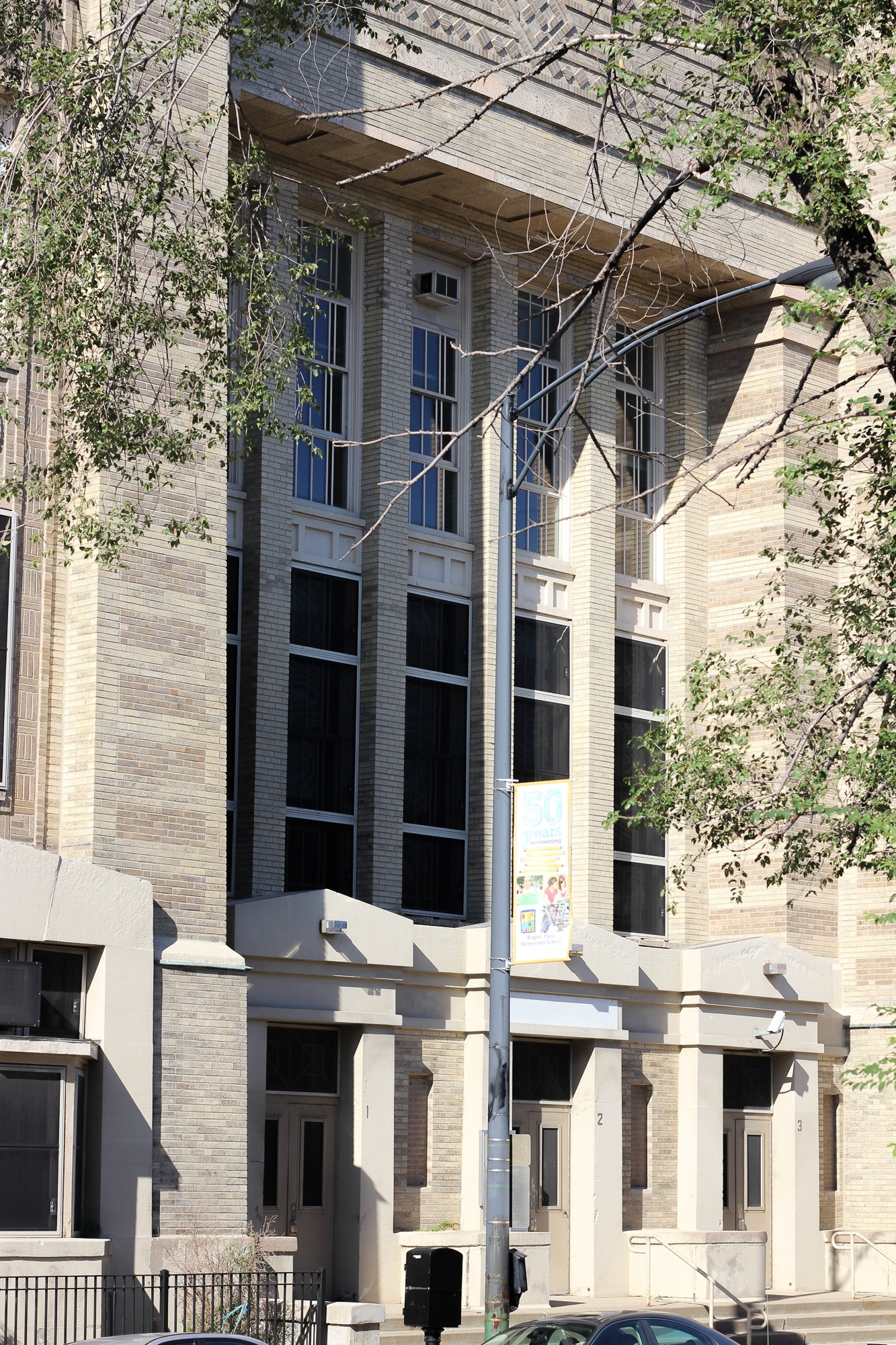 Click To Enlarge Trumbull Elementary School In Andersonville Was Sold To  Private Developers Who Intend Redevelop The Building As
