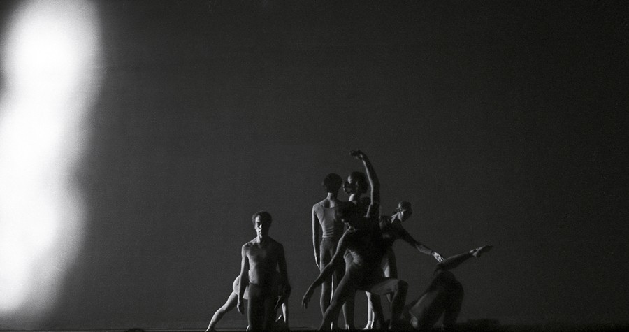 Merce Cunningham Dance Company performing in 1970 - JAMES KLOSTY