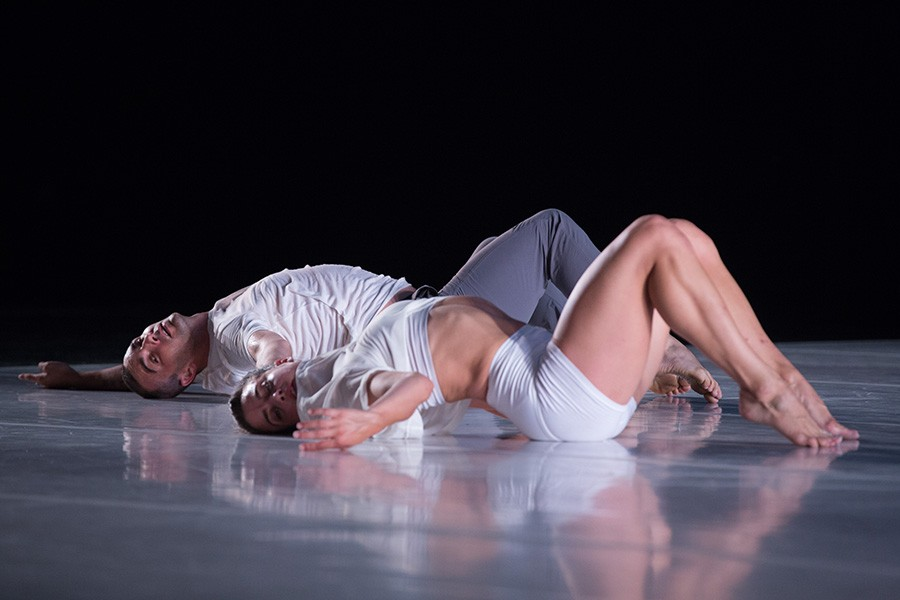 Brandon Collwes and Claire Westby in Horizon - THADDEUS ROMBAUER
