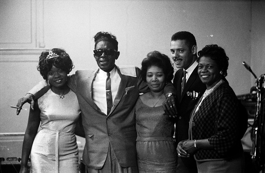 Koko Taylor and Lightnin' Hopkins at Western Hall in Chicago on April 23, 1965 - CHICAGO HISTORY MUSEUM