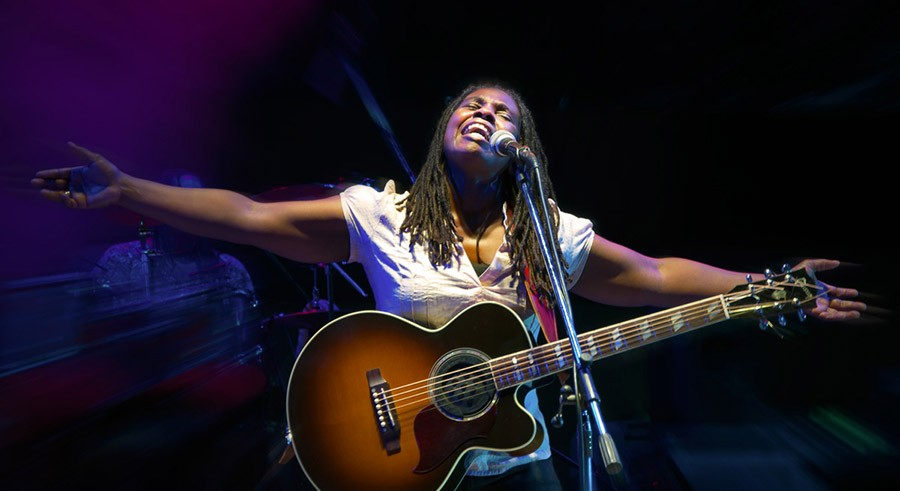 Ruthie Foster plays the Jay Pritzker Pavilion on Sunday.