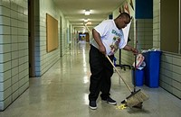 Rahm's privatization of school janitors is still a mess