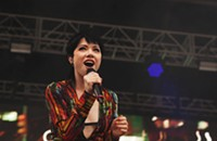 Carly Rae Jepsen was a ray of sunshine on Pitchfork's gray opening day