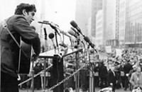 How the 1968 DNC protests in Chicago 'killed' protest folk singer Phil Ochs