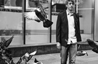 Eclectic guitarist Steve Gunn delves into vivid storytelling on <i>The Unseen In Between</i>