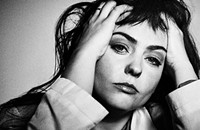 Angel Olsen's <i>Whole New Mess</i> showcases the skeletal recordings that led to 2019's <i>All Mirrors</i>