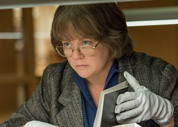 Melissa McCarthy and Richard E. Grant make likably unlikable scoundrels in <i>Can You Ever Forgive Me?</i>