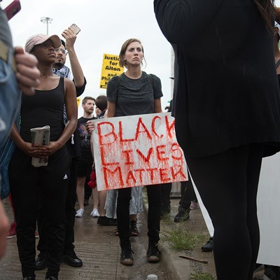 Chicago activists shut down Dan Ryan Expressway during police brutality protest