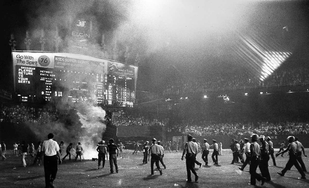 Disco Demolition Night Demolition_night_38244118-1200