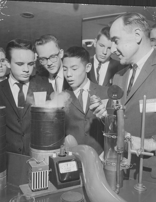 University of Chicago students study low-temperature chemistry in 1962. Cryogenic science may soon be able to let people live in the future--but why would they want to?