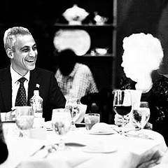 Who's Mayor Emanuel meeting with in secret?