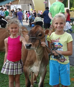 9e40cb95_cowgirls_u5.jpg