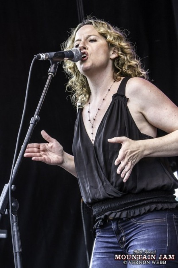 Woodstock's Amy Helm Holds Album Campaign | Daily Dose