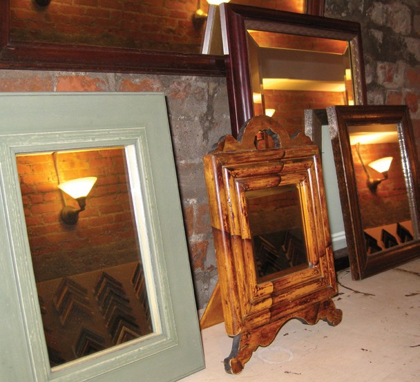 gift-guide--atelier-framing.jpg