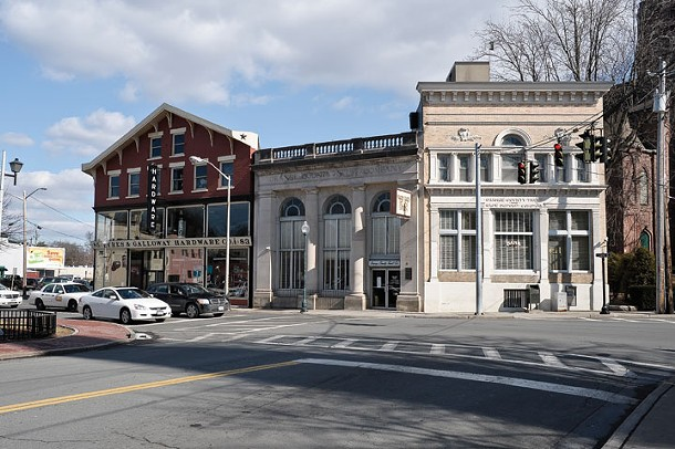Ayres & Galloway Hardware and Orange County Trust in Middletown. - DAVID MORRIS CUNNINGHAM