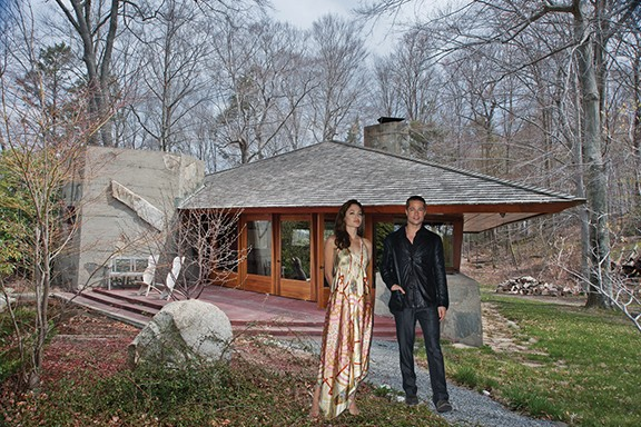 Brangelina outside the authentic Frank Lloyd Wright cottage.
