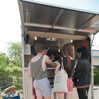 Hudson Valley Food Truck Slideshow Customers waiting outside of Truck Pizza. Roy Gumpel
