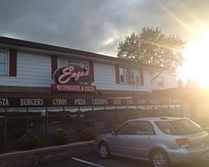 Enzo's Ristorante & Pizza in Kingston: Gluten-free pizza & family friendly