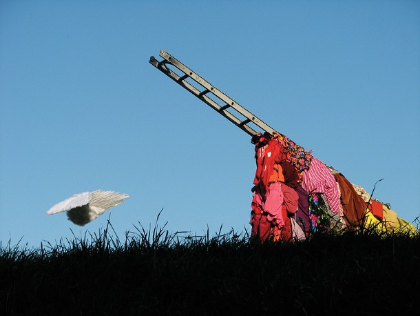 Free Now, an environmental sculpture by Dawn Breeze from 2009.