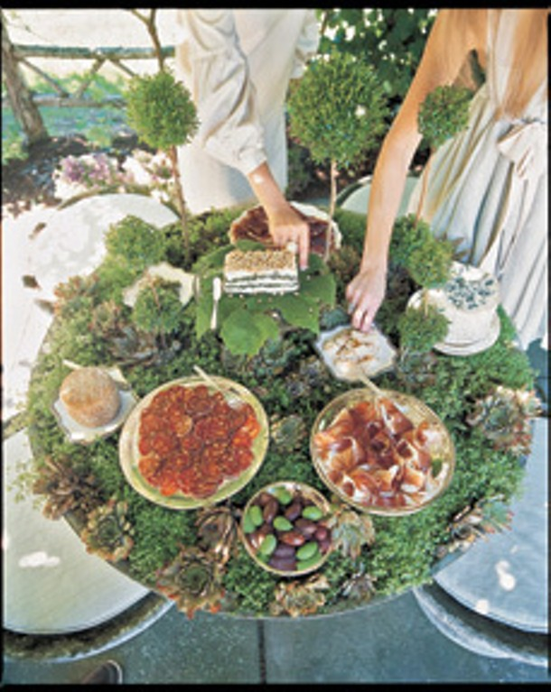 """From """"Recipes for Parties"""" (Rizzoli, 2010), by Michael Leva, photographed by Pieter Estersohn - PIETER ESTERSOHN"""