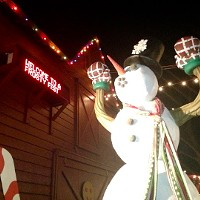 A Frosty Fest in Ulster Park: Christmas Display Extravaganza!
