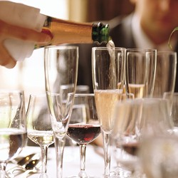72913c1b_great-french-champagnes.jpg