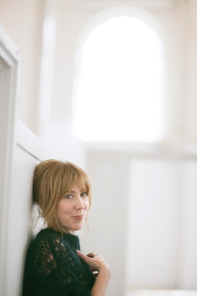 nh_beth-orton_sugaring-season-press-shot-3_jo-metson-scott.jpg