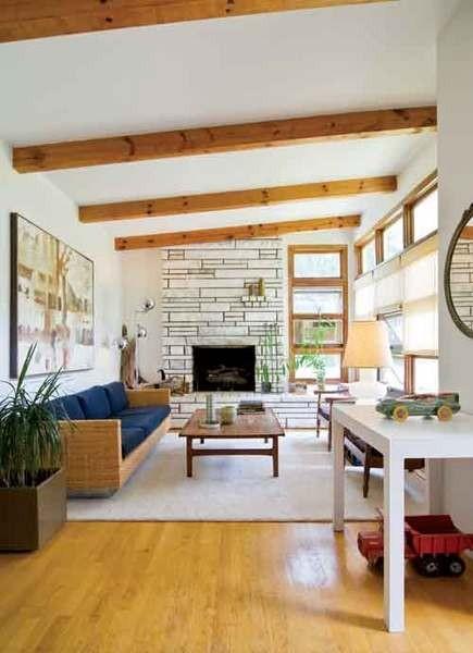 Jeff Blum's living room. - DEBORAH DEGRAFFENREID