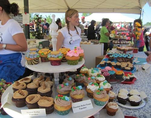 Kokopelli Booth at Gardiner Cupcake Festival May 2012
