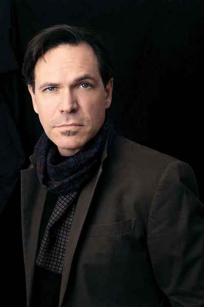 Kurt Elling will perform at Vassar College in a free concert on October 1. Photo by Timothy Saccenti.
