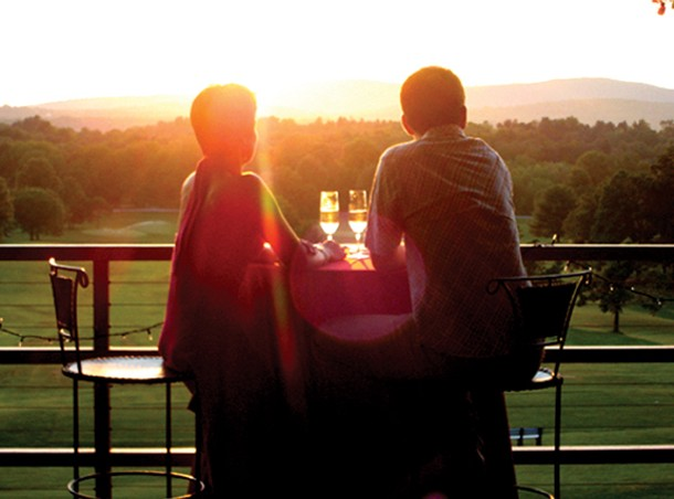 Looking west toward the sun setting over the Catskill Mountains at Terrapin Catering at Dinsmore golf course. Photo by Terrapin Catering.