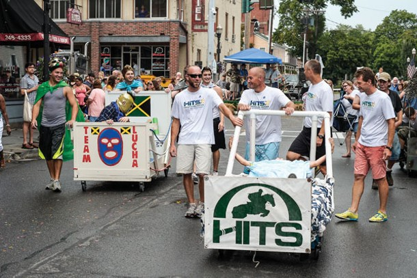 Team Lucha and Team Hits move into position at the Saugerties Bed Race.
