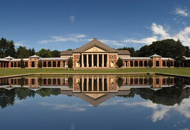 The Saratoga Bath Building at Saratoga State Park.