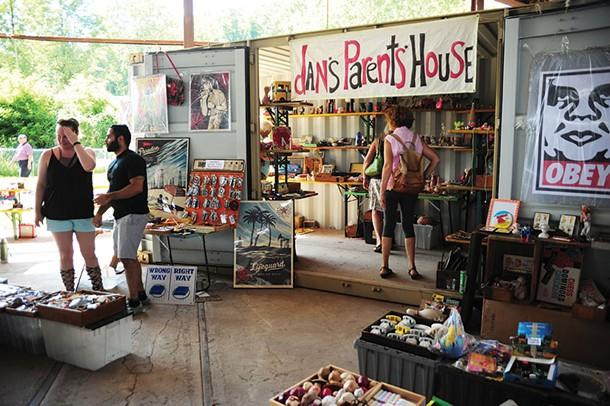 Dan's Parent's House, a vendor at Smorgasburg. - ROY GUMPEL