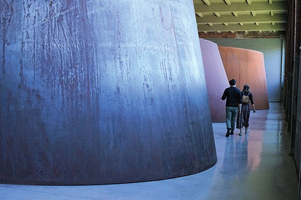 "Richard Serra's ""Torqued Ellipses"" installation at Dia:Beacon - JOHN GARAY"