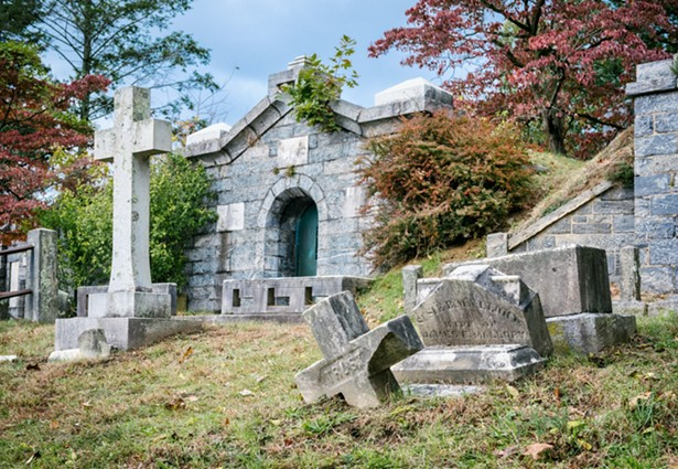Cemetery staff is working around the clock to bury and cremate victims of COVID-19. - UNSPLASH