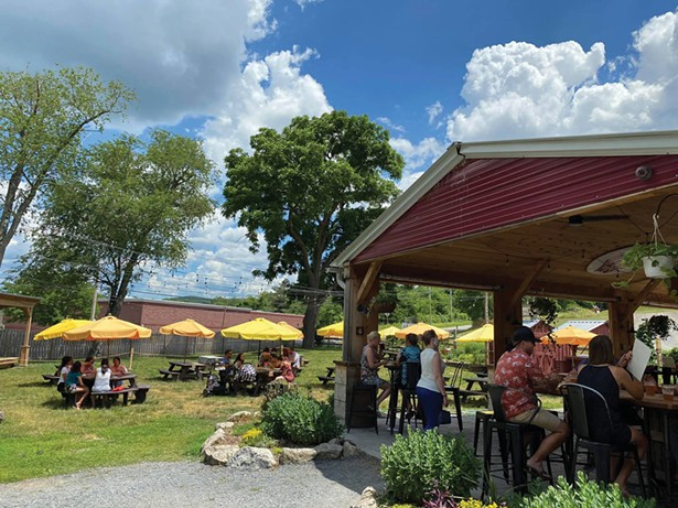 Outdoor seating at Pennings Farm in Warwick - PHOTO: BEA ARNER/WARWICK VALLEY CHAMBER OF COMMERCE