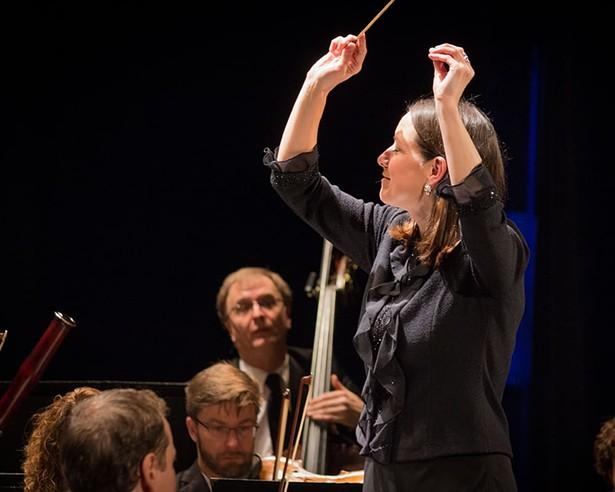 hvp-messiah-guest-conductor-christine-howlett.jpg