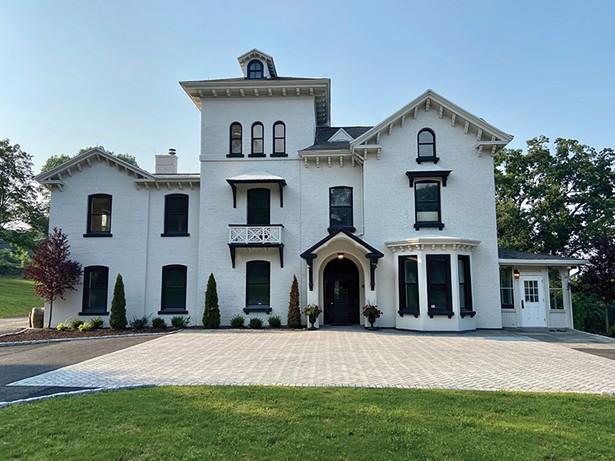 The Hudson House, West Park